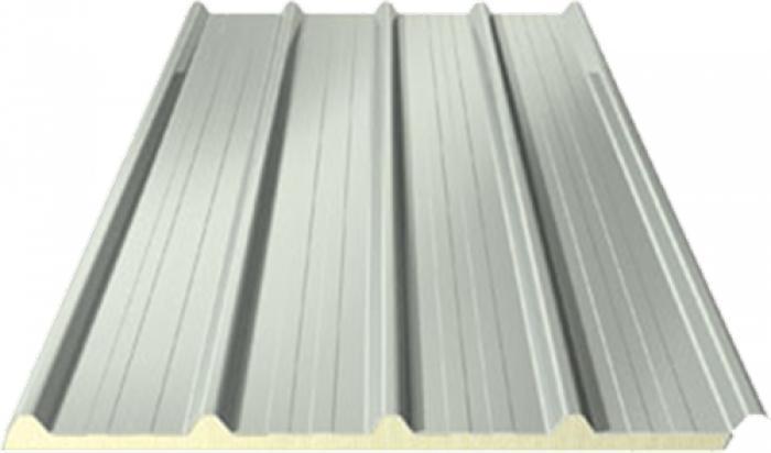 Panneaux sandwich isolants de toiture